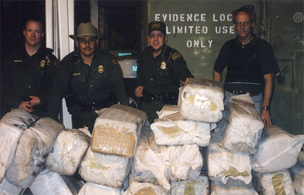 Lead agent (second from right) on drug bust in Hidalgo County.