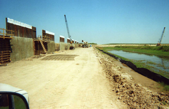 Early construction of wall in Hidalgo County.